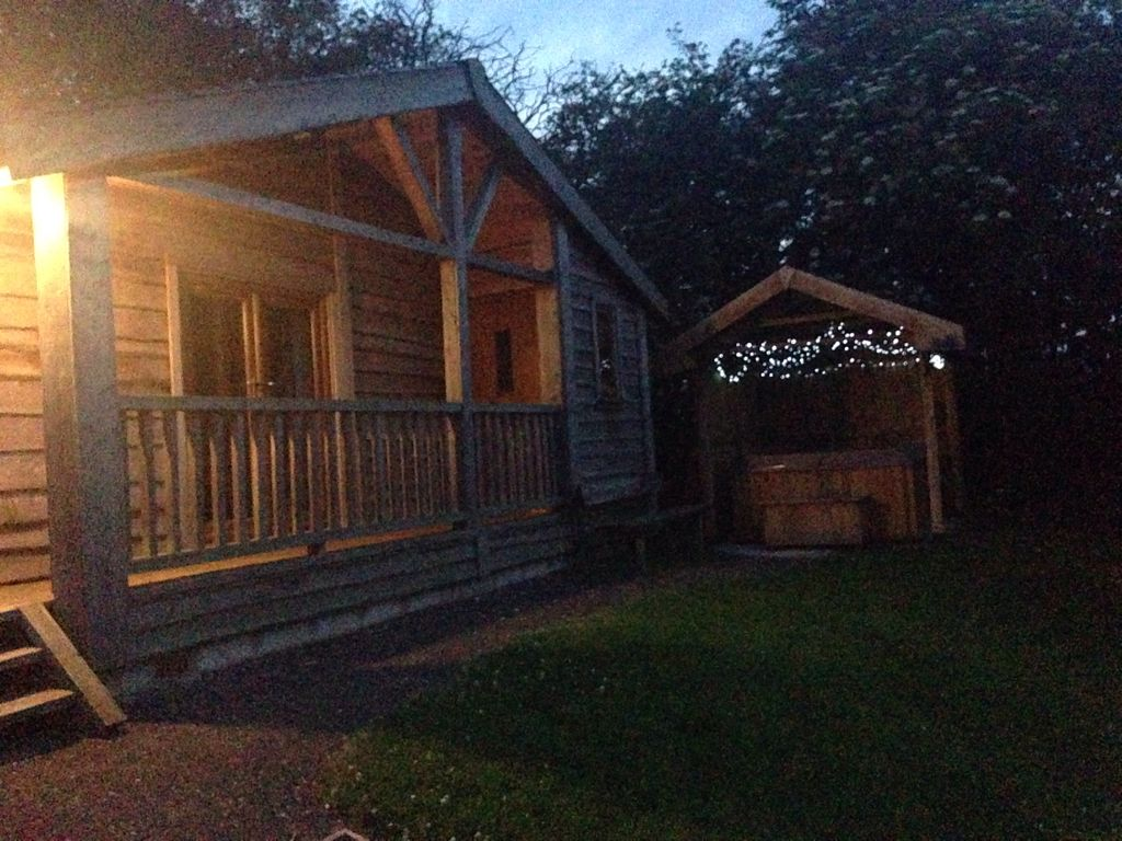 Log cabin with hot tub with far reaching views derby for Log cabin with hot tub one night stay
