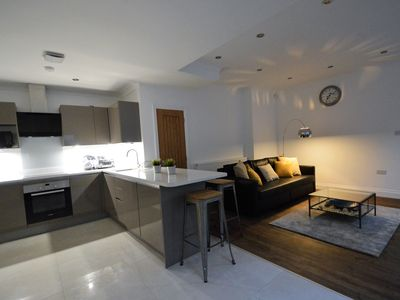 Photo for City Living (Sleeps 4-6), Cosy and Comfortable Apartment.
