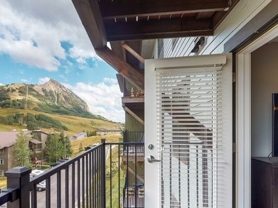 Photo for The Timbers Condo- Great Mountain Views & Location- Just walk to slopes!