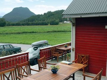 Vacation home Torvik  in Isfjorden, Northern Fjord Norway - 8 persons, 3 bedrooms