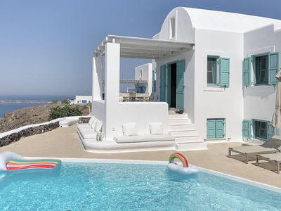 Photo for Villa Polaris Oia, private swimming pool , volcano view and free parking
