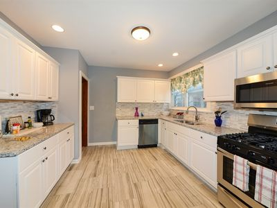Photo for Oak Park Chicago renovated 4 bed 3 bath