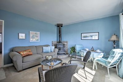 Explore the best of Joshua Tree with ease when you book this private cottage.