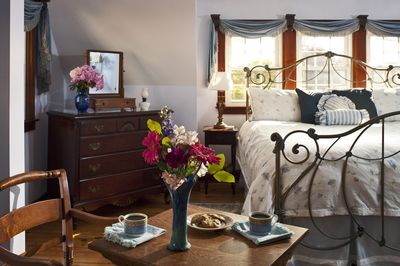 The blue bedroom - with king-size bed and whirlpool tub for two