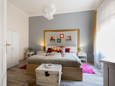 Photo for Luxurious Apartment in the Historical Center - half minute to bars, caffees