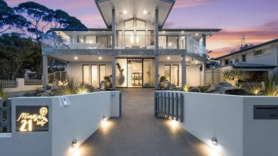 Photo for Mimosa :: Pure luxury at Hyams Beach