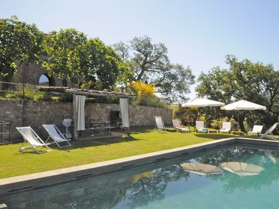 Photo for Stunning  villa for 8 people with A/C, pool, WIFI, panoramic view and parking, close to Montalcino