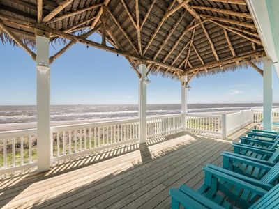 Photo for Dolce Vida NEW! Great floor plan with  magnificent Beachfront view, Dog Friendly