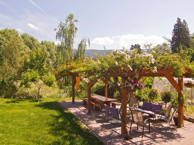 Photo for Spacious Suite Close To Village And Wineries