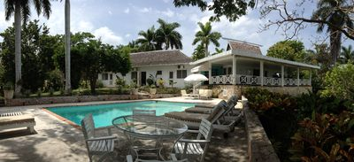 Photo for Amazing 3-Bedroom Villa with Chef Included