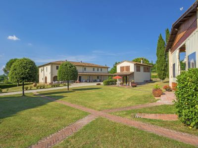 Photo for Apartment Tegola in Bucine - 7 persons, 3 bedrooms
