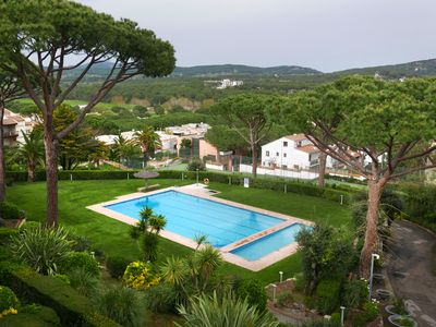Photo for Superb spacious duplex WiFi Roof terrace, all day sun. Great views, 20m pool