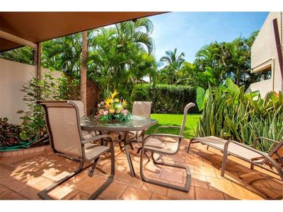 Photo for Remodeled condo at Maui Kamaole. Ground floor one bedroom sleeps 4. D-104
