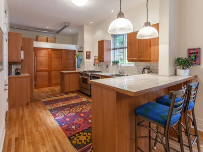 Photo for Around The Corner From World Class Restaurants, Coffee Shops, Bagels & Shopping.
