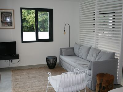 Photo for Spacious modern studio with large terrace / garden in res. LESSON CYCLES