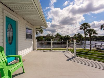 Fisherman's Delight. Private Dock, with RV Parking- Best Tiki Bars on the Coast