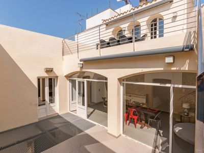 Photo for Townhouse completely renovated for 6 people in Sant Pere Pescador