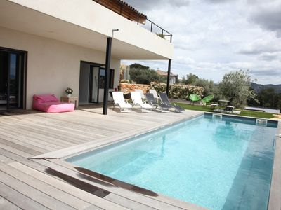 Photo for Very nice architect house with sea view swimming pool on the heights of Bandol
