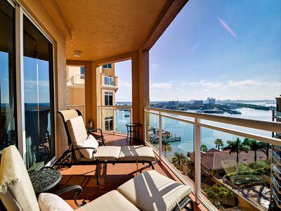 Photo for Belle Harbor 1105M Fabulous Luxury 11th Floor View at Belle Harbor