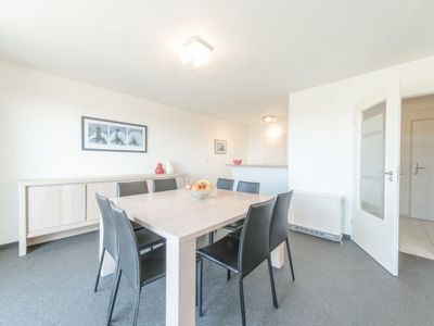 Photo for Apartment Strandhuis in Bredene - 8 persons, 2 bedrooms