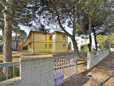 Photo for Apartment Villa Luisa (ROM401) in Rosolina Mare - 5 persons, 2 bedrooms