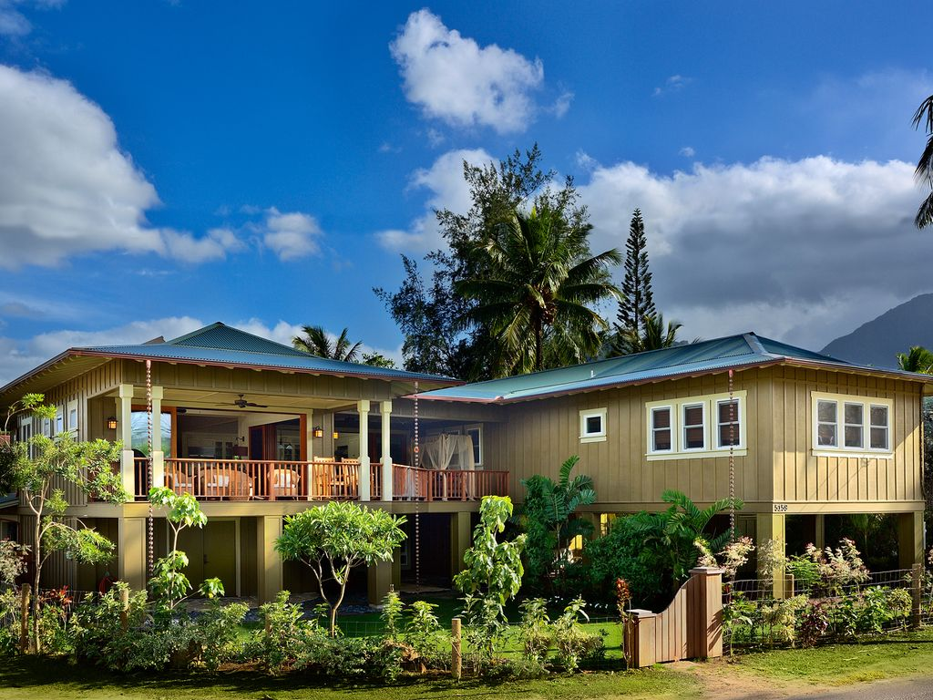Hanalei bay big 5 star family home on weke vrbo for How much to build a house in hawaii