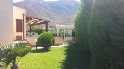 Photo for Villa with swimming pool and solarium in Castellammare del golfo