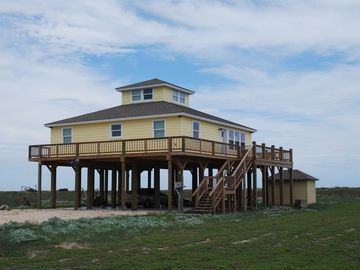 Pelican Point - Just Steps From The Beach.