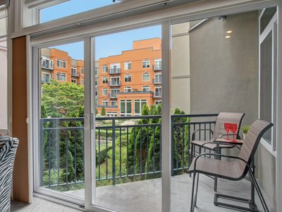 Photo for 1 Bedroom Garden Courtyard View Oasis✺COZY SPOT WALK EVERYWHERE✺SALE 5/4-7