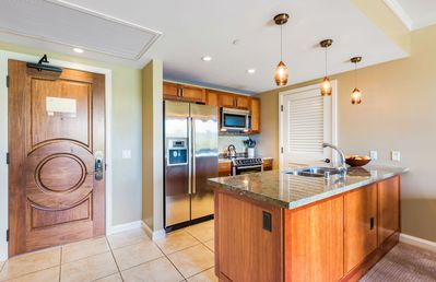 Photo for Maui Resort Rentals: Honua Kai Konea 210 – Large 1BR w/ West Maui Mountain Views