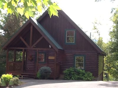 Photo for SHERWOOD FOREST / 3 MIN to PARKWAY / WI-FI / CHILDREN'S GAME ROOM
