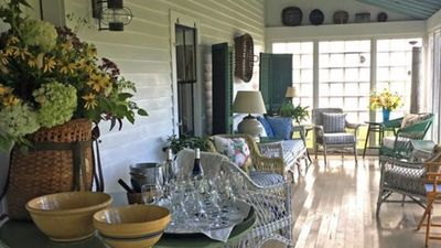 You will enjoy the comfort of the screened porch.