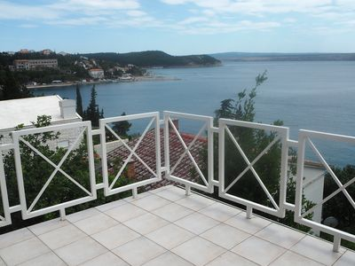 Photo for Romantic roof terrace apartment with large terrace by the sea