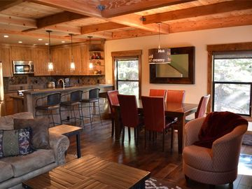 Exquisite 4br Corner Townhome just outside of Tahoe City. HOA Pool, Tennis, and Private sandy Beach!