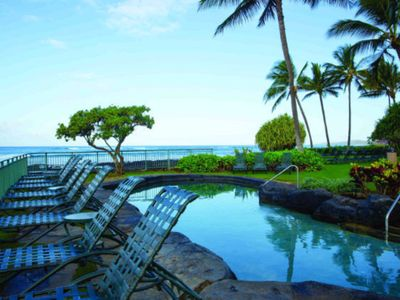 """Photo for Everything you need to relax and enjoy your vacation on Hawaii's """"Garden Isle"""""""