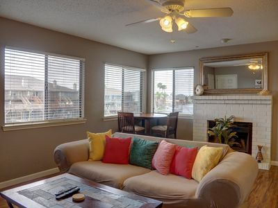 Photo for CSC202 - SEAMOUNT CAY CONDOS UNIT 202 - 2 BED / 2 BTH