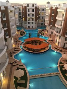 Photo for Beautiful new one bedroom apartment - 5 mins drive from El Gouna.