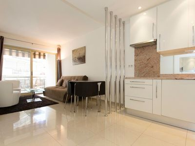 Photo for Modern 2 bedrooms next to Croisette - Two Bedroom Apartment, Sleeps 5
