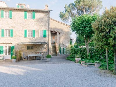 Photo for Holiday home for 7 in Cortona, air conditioning, enclosed private garden, shared pool