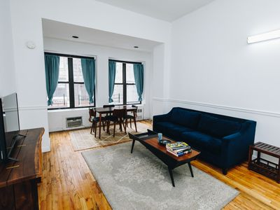 Photo for Casa Park - spacious 3 BR 2BA apartment in Bryant Park