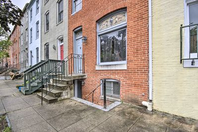 Come stay at this 1-bedroom, 1-bathroom apartment in downtown Baltimore!