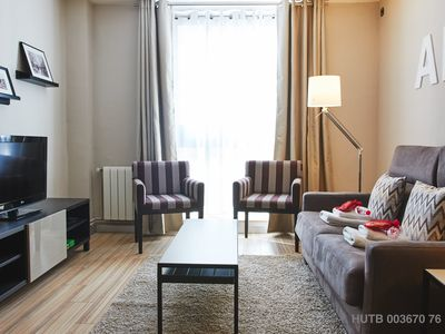 Photo for Alió I apartment in Gràcia with WiFi, air conditioning, private terrace & lift.