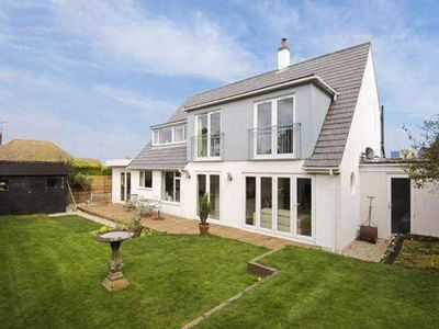 Photo for holiday home, Broadstairs  in Südengland - 12 persons, 5 bedrooms