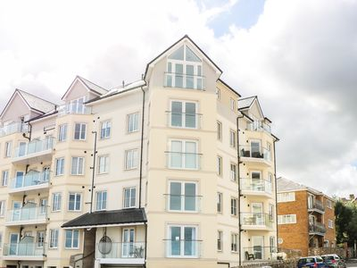 Photo for 25 Ocean View, RHOS-ON-SEA
