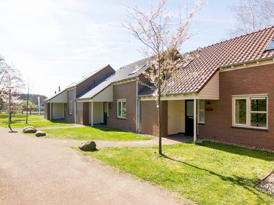 Photo for Luxury 8-person bungalow in the holiday park Landal Hoog Vaals - in the rolling countryside