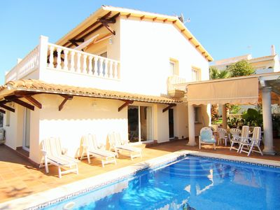 Photo for TURQUESA, Fantastic villa with garden and private pool.
