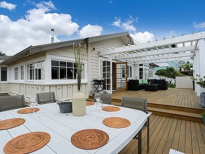 Photo for Beauty on Bluff - Napier Holiday Home