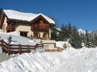 This is a beautiful property, perfectly located within the Briançon area, definitely stay again.