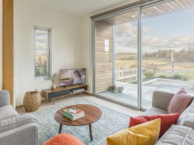 Photo for Lightshift Clunes - beautiful space, with breath-taking views