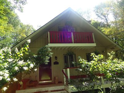 Photo for Cozy Monterey Family Chalet, Minutes From Lake & 10 Minutes From Butternut!
